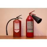 Какие необходимо использовать огнетушители при тушении электропроводки